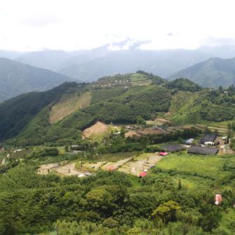 新竹五峰 巴斯瓜藍民宿露營區